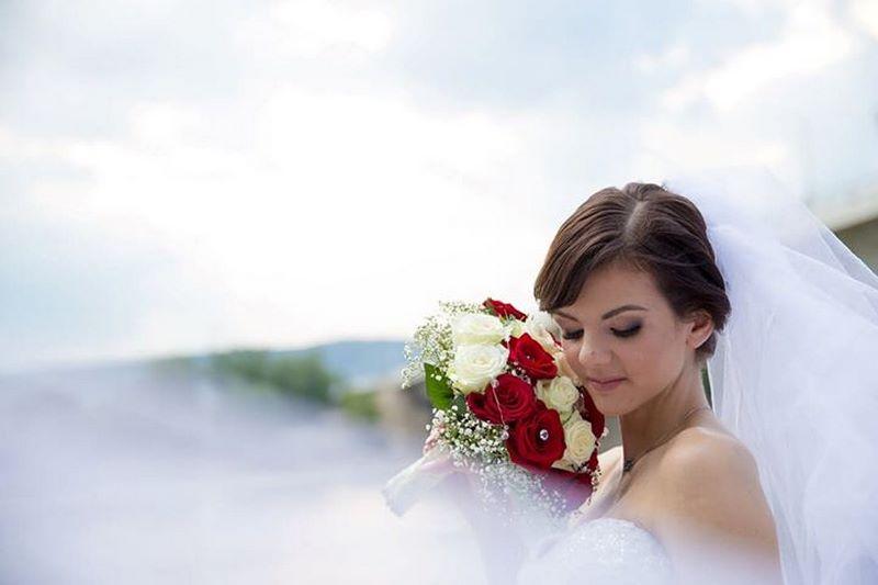 Az esküvői smink titka – így készülhetsz fel a nagy napra