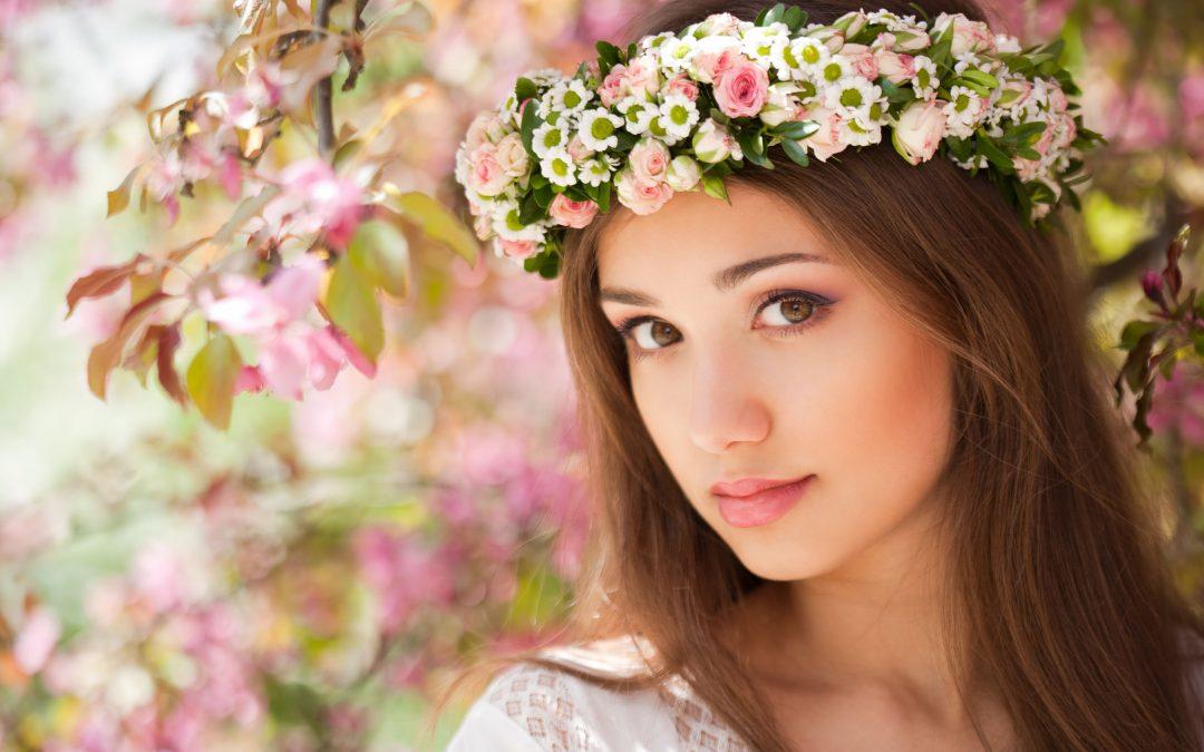 Kamaszévek és a smink – így forgasd az ecsetet a fiatal bőrödön!